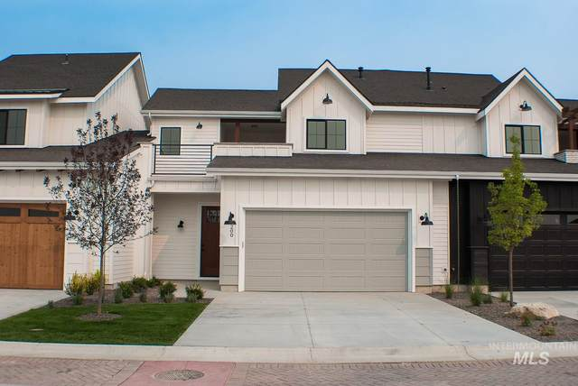 4200 W Lovegood Lane, Meridian, ID 83646 (MLS #98756944) :: Jon Gosche Real Estate, LLC