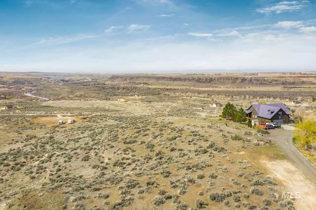 4507 Snake River Mesa, Buhl, ID 83316 (MLS #98798374) :: City of Trees Real Estate