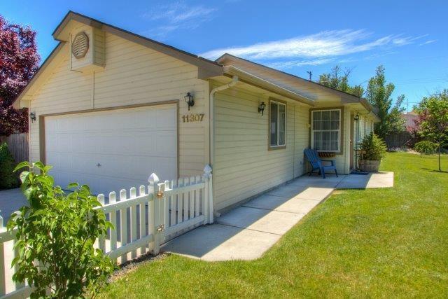 11307 W 2nd Street, Star, ID 83669 (MLS #98660306) :: Boise River Realty