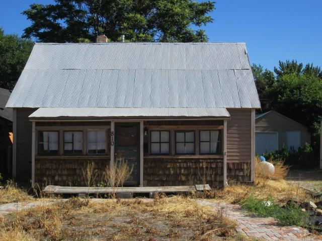 810 E Park St., Emmett, ID 83617 (MLS #98660662) :: Jon Gosche Real Estate, LLC