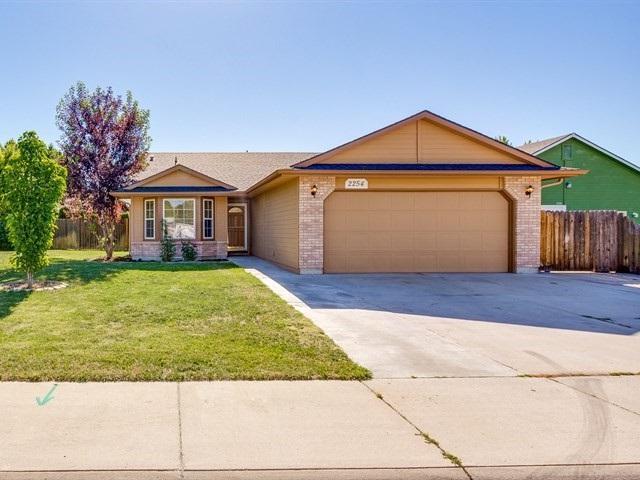 2254 N Zircon Ave., Meridian, ID 83646 (MLS #98660981) :: Boise River Realty