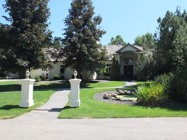 9555 W Pebble Brook Ln., Boise, ID 83714 (MLS #98664429) :: Build Idaho