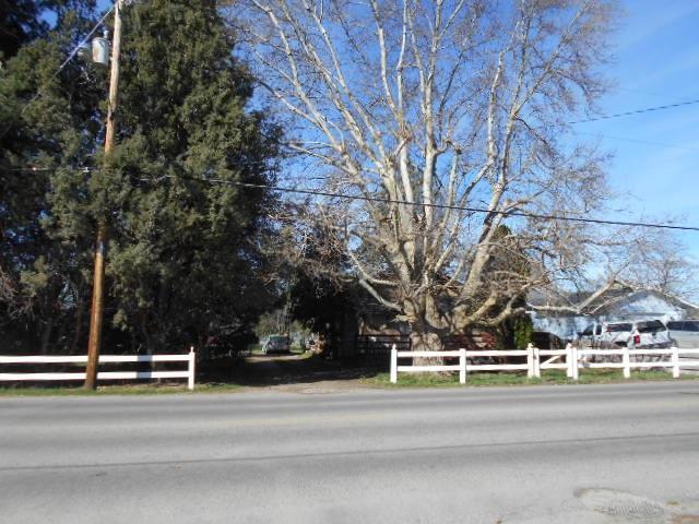 917 S John Ave., Emmett, ID 83617 (MLS #98664430) :: Build Idaho