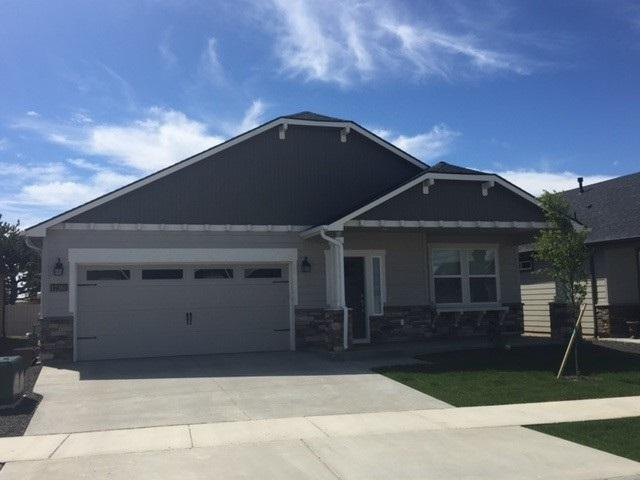 131 S Bay Haven Place, Kuna, ID 83634 (MLS #98664575) :: The Broker Ben Group at Realty Idaho