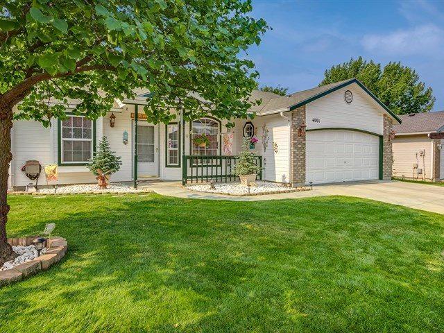 4001 E Sweet Pea, Boise, ID 83716 (MLS #98665024) :: We Love Boise Real Estate