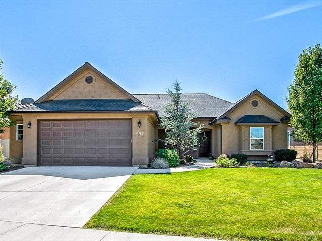 591 E Washakie St., Meridian, ID 83646 (MLS #98667772) :: The Broker Ben Group at Realty Idaho