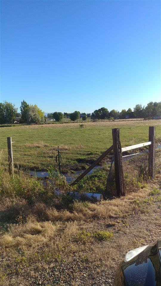 419 Robinson Rd, Nampa, ID 83687 (MLS #98667801) :: The Broker Ben Group at Realty Idaho