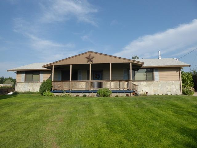 15858 Allendale Road, Wilder, ID 83676 (MLS #98670000) :: Synergy Real Estate Services at Idaho Real Estate Associates