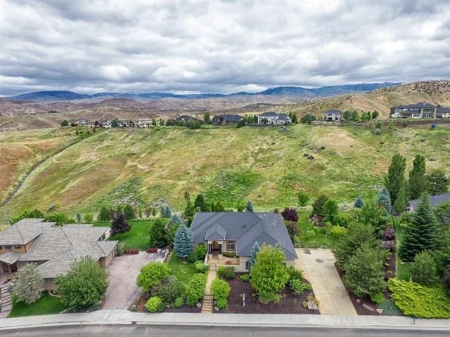 4482 N Arrow Crest Way, Boise, ID 83703 (MLS #98670659) :: We Love Boise Real Estate
