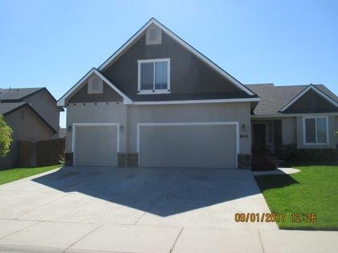 841 N Tropical Drive, Nampa, ID 83686 (MLS #98670904) :: Michael Ryan Real Estate