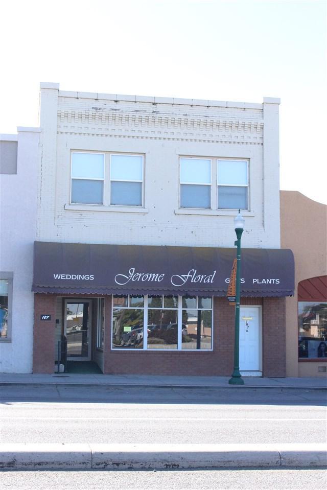 107 Main St W, Jerome, ID 83338 (MLS #98672902) :: Zuber Group