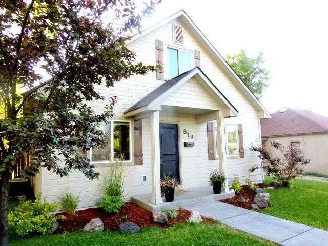 819 S Nectarine Street, Nampa, ID 83686 (MLS #98673808) :: The Broker Ben Group at Realty Idaho