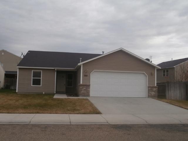 788 S Ahsahka Way, Middleton, ID 83644 (MLS #98675736) :: Synergy Real Estate Services at Idaho Real Estate Associates