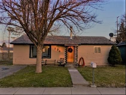 270 Van Buren St, Twin Falls, ID 83301 (MLS #98677786) :: Zuber Group