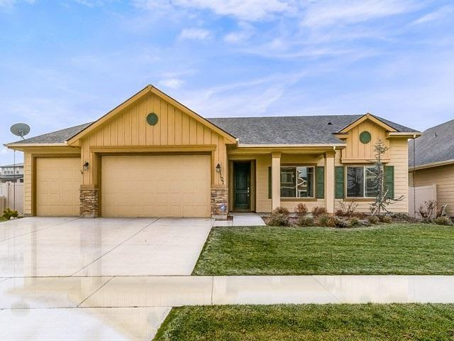 1107 W Bear Track Dr., Meridian, ID 83642 (MLS #98677950) :: Juniper Realty Group