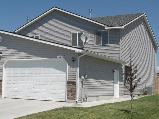 1724 NE Cinder Loop, Mountain Home, ID 83647 (MLS #98678928) :: Boise River Realty