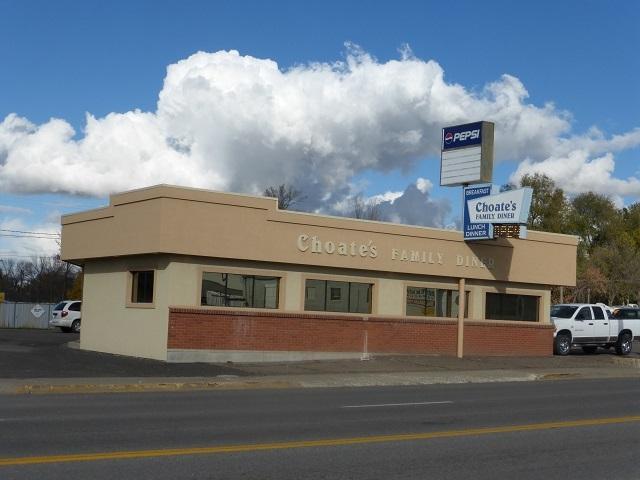 400 W Main Street, Jerome, ID 83338 (MLS #98679108) :: Zuber Group