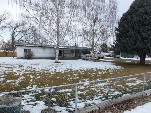 694 River Bend Lane, Weiser, ID 83672 (MLS #98679210) :: Jon Gosche Real Estate, LLC