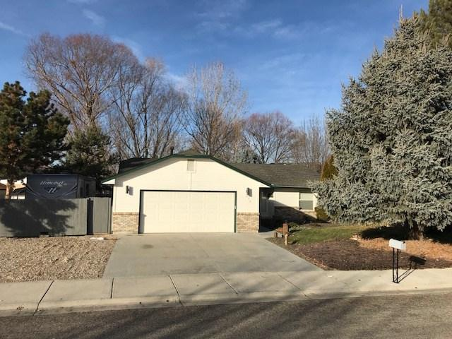 573 N. Orchard, Kuna, ID 83634 (MLS #98679928) :: Synergy Real Estate Services at Idaho Real Estate Associates