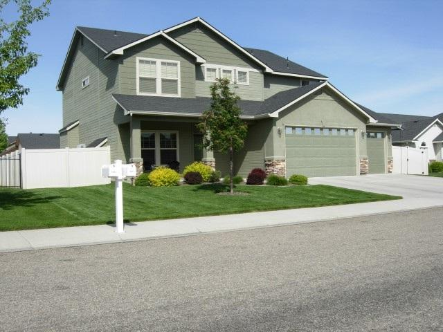 3841 N Frandon Ave, Meridian, ID 83646 (MLS #98680288) :: Zuber Group
