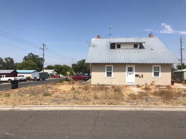 300 8th Ave. S., Buhl, ID 83316 (MLS #98682343) :: Full Sail Real Estate