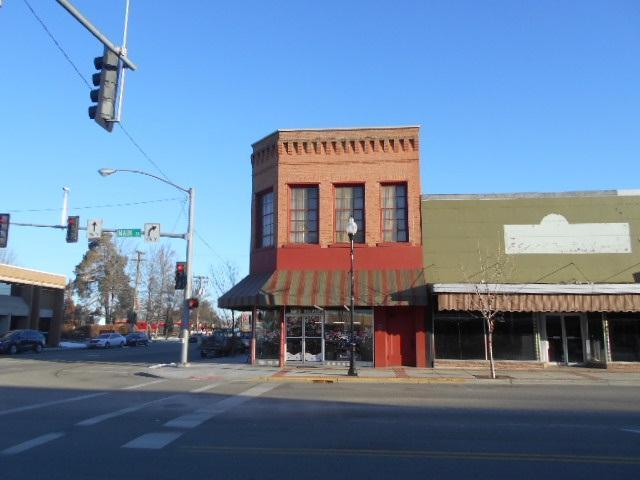 102 E Main Street, Emmett, ID 83617 (MLS #98684055) :: Jon Gosche Real Estate, LLC