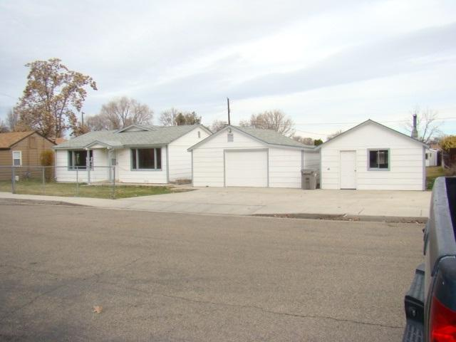 2203 Cherry St, Caldwell, ID 83605 (MLS #98685025) :: Boise River Realty