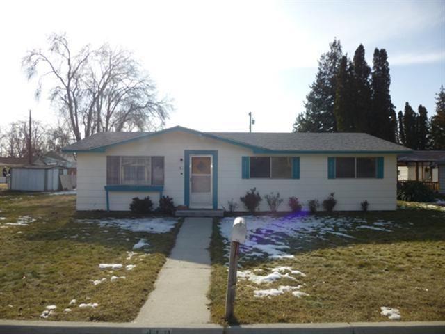 410 W Grant, Caldwell, ID 83605 (MLS #98687850) :: Boise River Realty