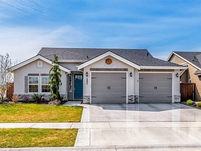 121 W Arnaz St., Meridian, ID 83646 (MLS #98688616) :: Boise River Realty