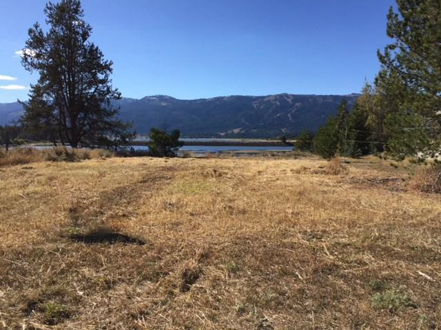 94 Golden Place, Donnelly, ID 83615 (MLS #98688777) :: Zuber Group