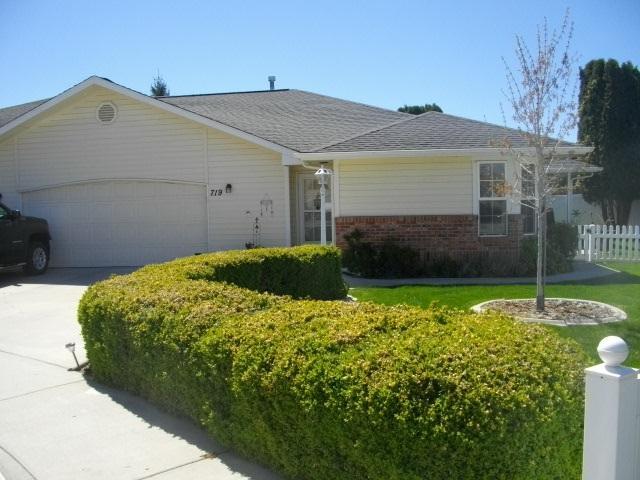 719 W Boone Avenue, Nampa, ID 83687 (MLS #98689645) :: Jon Gosche Real Estate, LLC