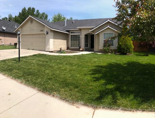 6250 S Lone Tree, Boise, ID 83709 (MLS #98693351) :: Boise River Realty