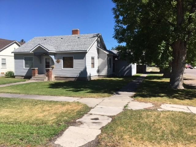 802 4th Street, Rupert, ID 83350 (MLS #98698459) :: Juniper Realty Group