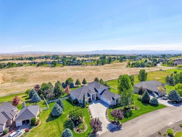 4866 N High Prairie Place, Star, ID 83669 (MLS #98699441) :: Juniper Realty Group