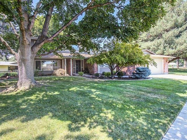 1442 E Medinah Court, Eagle, ID 83616 (MLS #98700624) :: Build Idaho