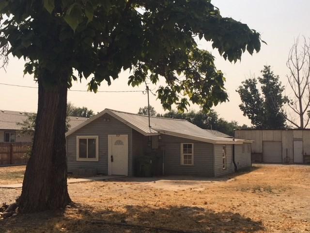 929 N 8th Street, Payette, ID 83661 (MLS #98703440) :: Ben Kinney Real Estate Team