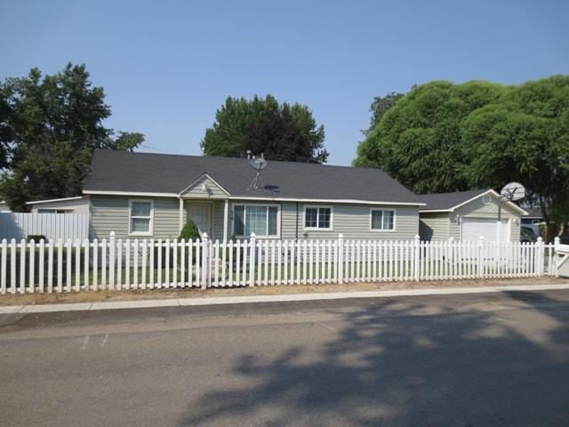 518 Avenue C, Wilder, ID 83676 (MLS #98703530) :: Full Sail Real Estate