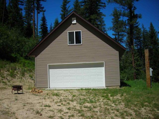 1547 E Pine Creek Rd Lot 21, Featherville, ID 83647 (MLS #98703595) :: Zuber Group