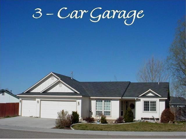 1211 N Tasavol, Kuna, ID 83634 (MLS #98703961) :: Team One Group Real Estate
