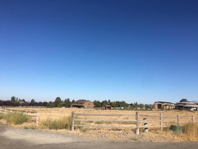 TBD Canyon Ridge Dr W 1/2 Lot 14, Twin Falls, ID 83301 (MLS #98707225) :: Boise River Realty