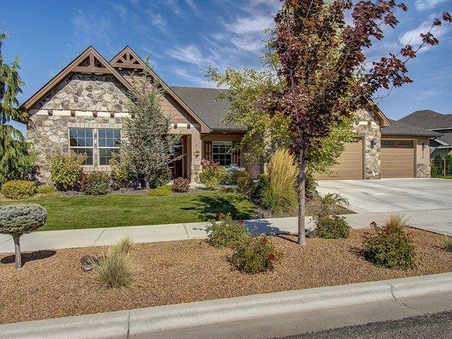 6230 W Nordic Drive, Eagle, ID 83616 (MLS #98707591) :: Boise River Realty