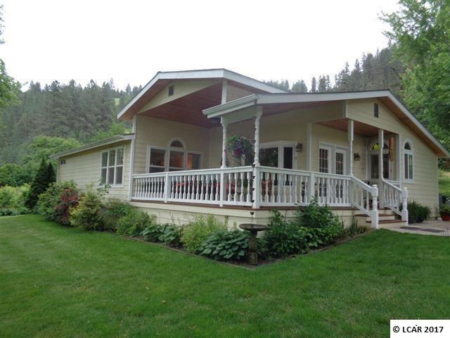 33328 Peach Lane, Lenore, ID 83541 (MLS #98708005) :: Zuber Group
