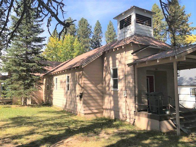 301 Idaho St., Deary, ID 83823 (MLS #98708047) :: Zuber Group