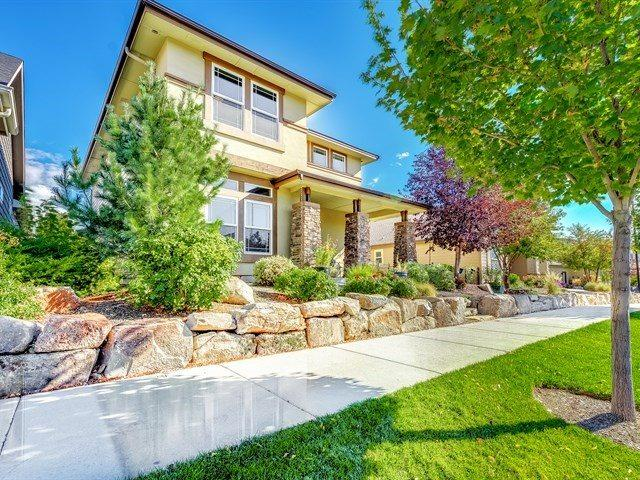 2610 S Trailwood Way, Boise, ID 83716 (MLS #98709758) :: Givens Group Real Estate