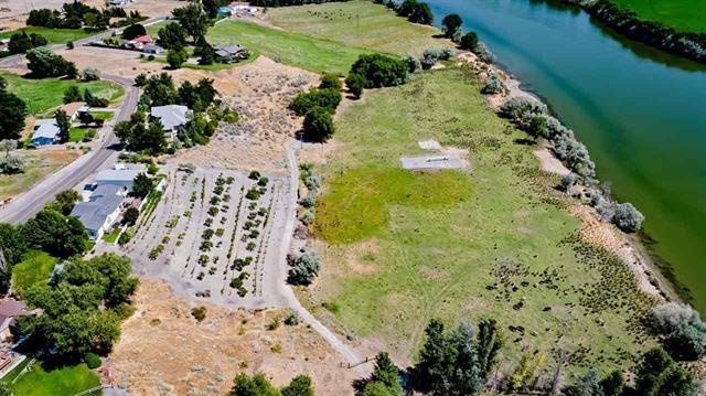 TBD Martin St. Access To Lot Off Of  East Garfield, Glenns Ferry, ID 83623 (MLS #98710421) :: Boise River Realty