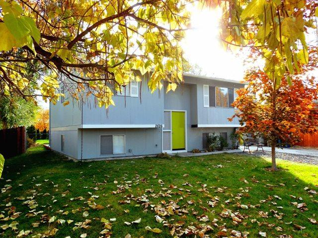 2626 South Gourley Street, Boise, ID 83705 (MLS #98710753) :: Team One Group Real Estate