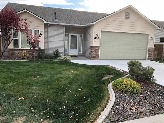 809 W Alden Dr., Meridian, ID 83642 (MLS #98711209) :: Full Sail Real Estate