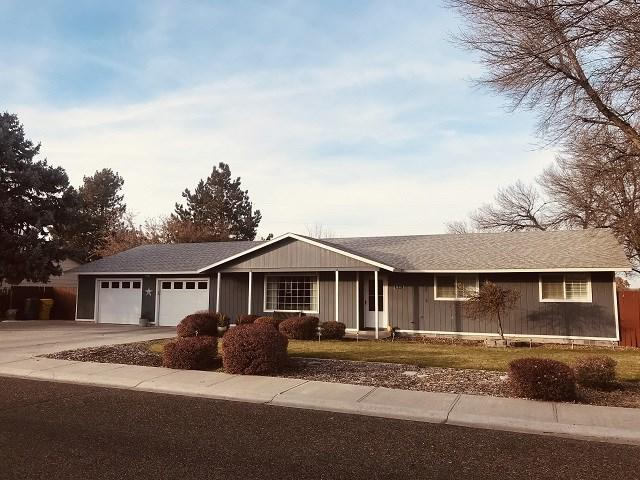 1263 SW 15th Ave, Ontario, OR 97914 (MLS #98712526) :: Boise River Realty