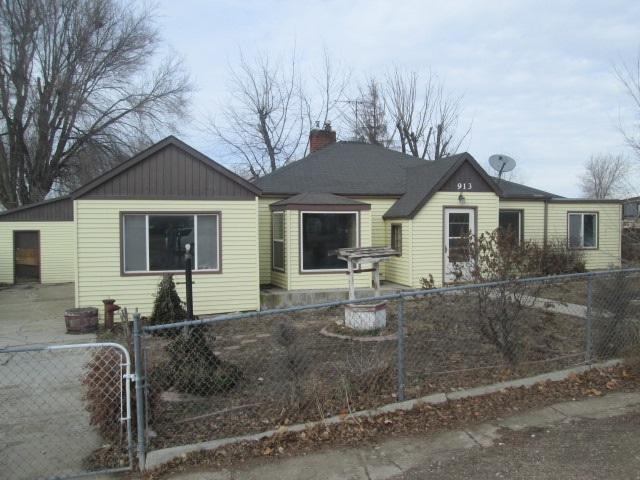 913 N 37th St, Nampa, ID 83687 (MLS #98715189) :: Boise River Realty