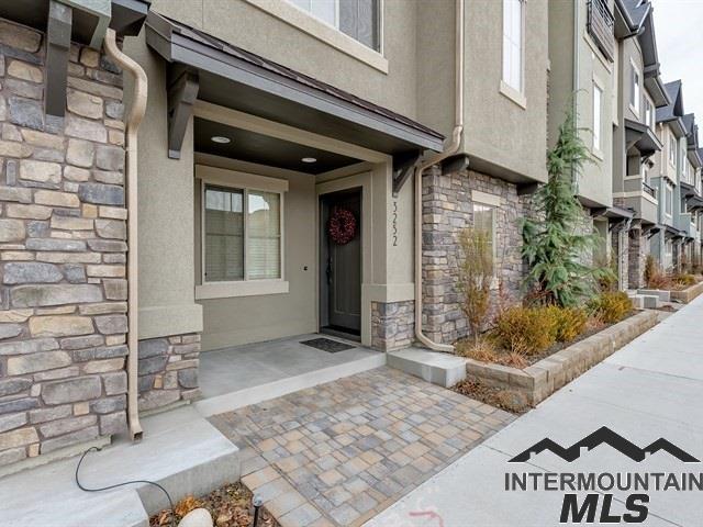 3252 E Thoroughbred Lane, Boise, ID 83716 (MLS #98716408) :: Boise River Realty